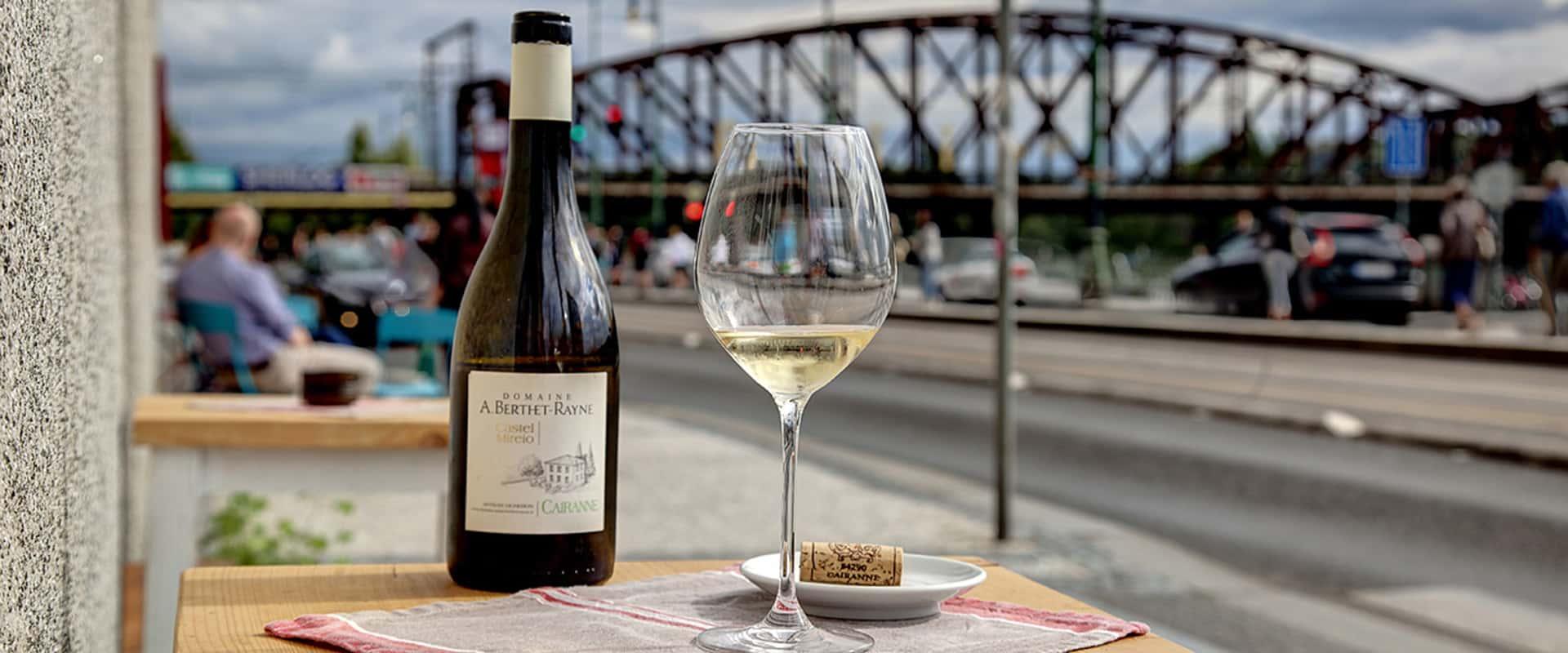 vinárny Na břehu Rhôny - kontakt