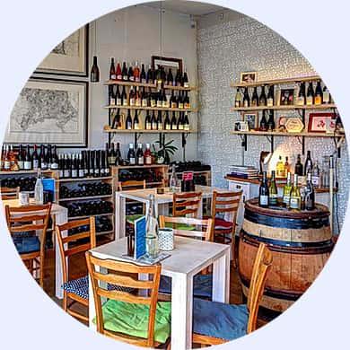 vinný bar Na břehu Rhôny